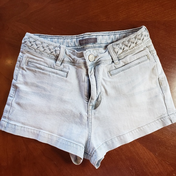 Kendall & Kylie Pants - Kendall and KylieLight high wasited  K&K